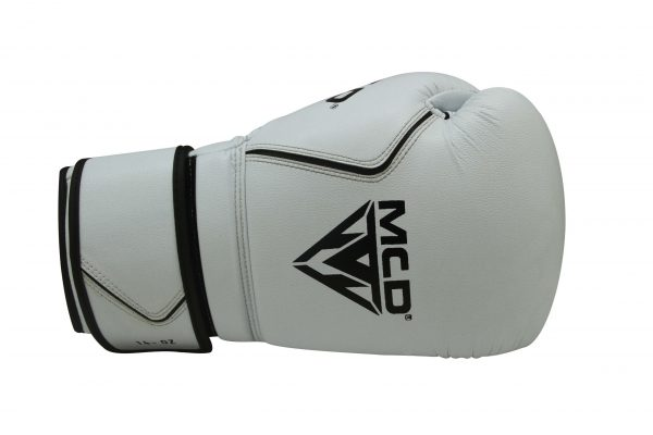MCD AD100 PROFESSIONAL BOXING GLOVES
