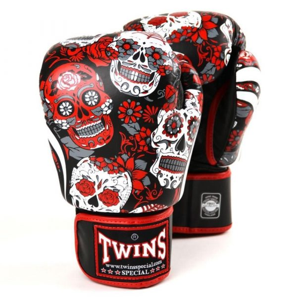Twins Skull Boxing Gloves Set