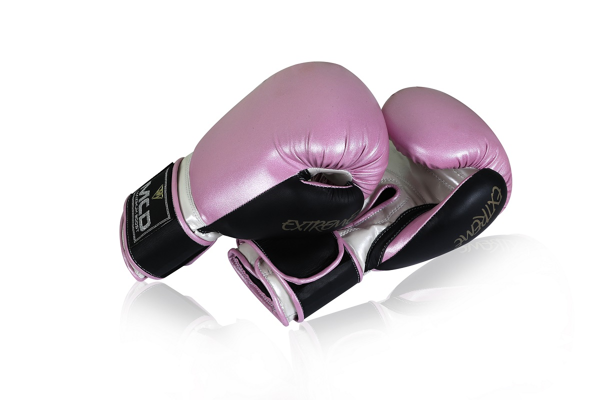 "Femmina | ""Pink Boxing Gloves Womens MCD Extreme 10oz"""