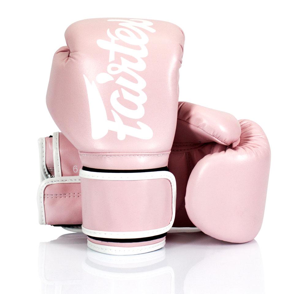 "Femmina | ""Fairtex Boxing Gloves BGV14 Microfiber Light Pink 10oz"""