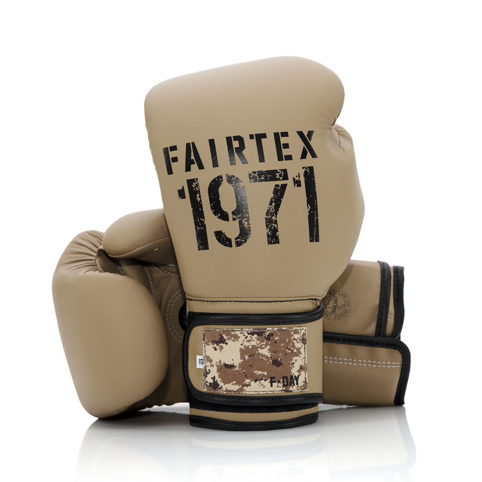 """Femmina   """"Fairtex Boxing Gloves BGV25 F-Day 2 Desert Operation 10oz"""""""